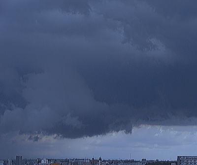 400突然の黒雲.jpg