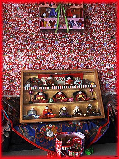 400雛飾り玄関.jpg