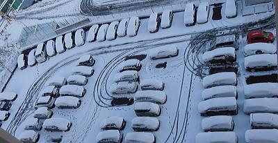 400雪の駐車場.jpg
