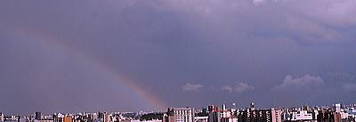 400雷雨の後に虹が.jpg